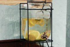 DETAIL YORKSHIRE DRINK DISPENSER ヴィンテージ感と清涼感が魅力。ガラスのドリンクディスペンサー 「YORKSHIRE MASON JAR DRINK DISPENSER」 沖縄